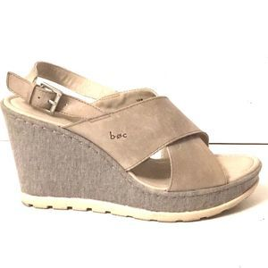 Boc wedges sandals gray leather EUC 10 crisscross